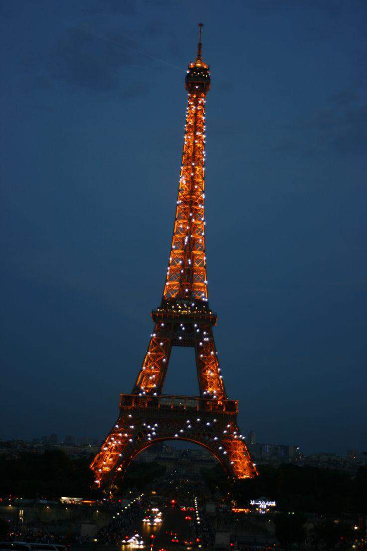 noční Eiffelovka
