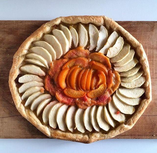 Tarte rustique pomme abricot