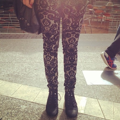 STREET CHIC: LACY PANTS   Make your legs the main character of your sartorial story by wearing this rare Zara Lacy pants