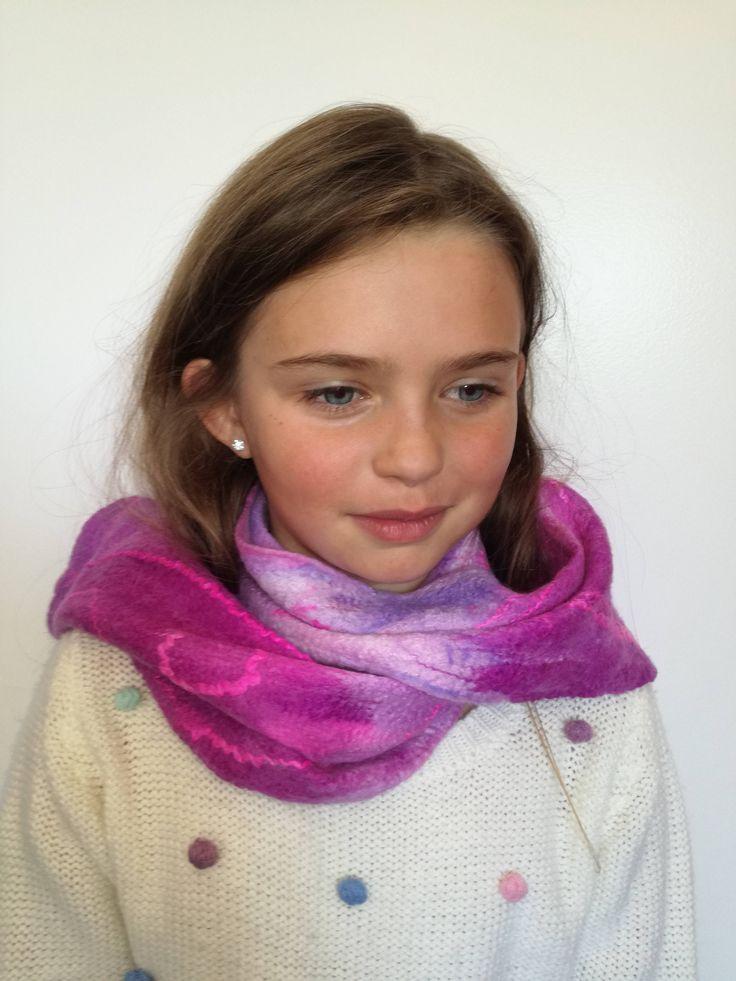 Pink Girls handmade Merino wool felt scarf. Warm Winter Scarf.  Handmade unique scarf. Great gift. Lightweight and warm. by FeltCreativeNZ on Etsy