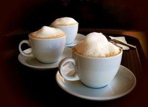 A habos kávé titka a tejhabosító: http://legjobbkave.hu/mire-jo-a-tejhabosito/