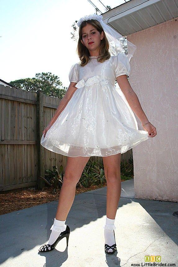 Dressing up like girl pics — pic 14