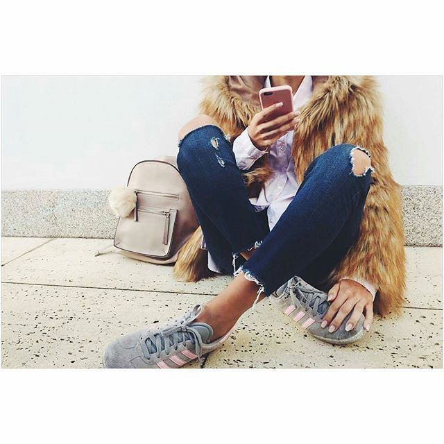 OOTD by @joybyar with a Vilanova Accessories Backpack <3 #vilanova_accessories #ootd #regram #look #vilanova #vilanovaaccessories #lookoftheday