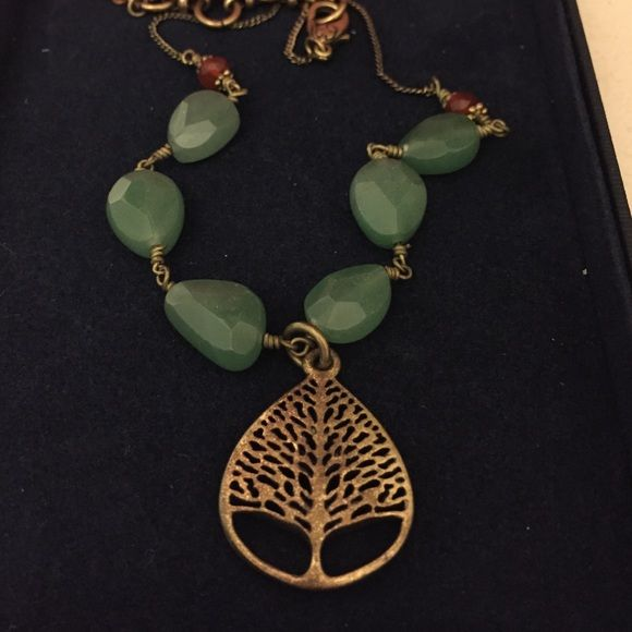 Lucky brand tree necklace Like new only worn once or twice. Comes with box. Lucky Brand Jewelry Necklaces
