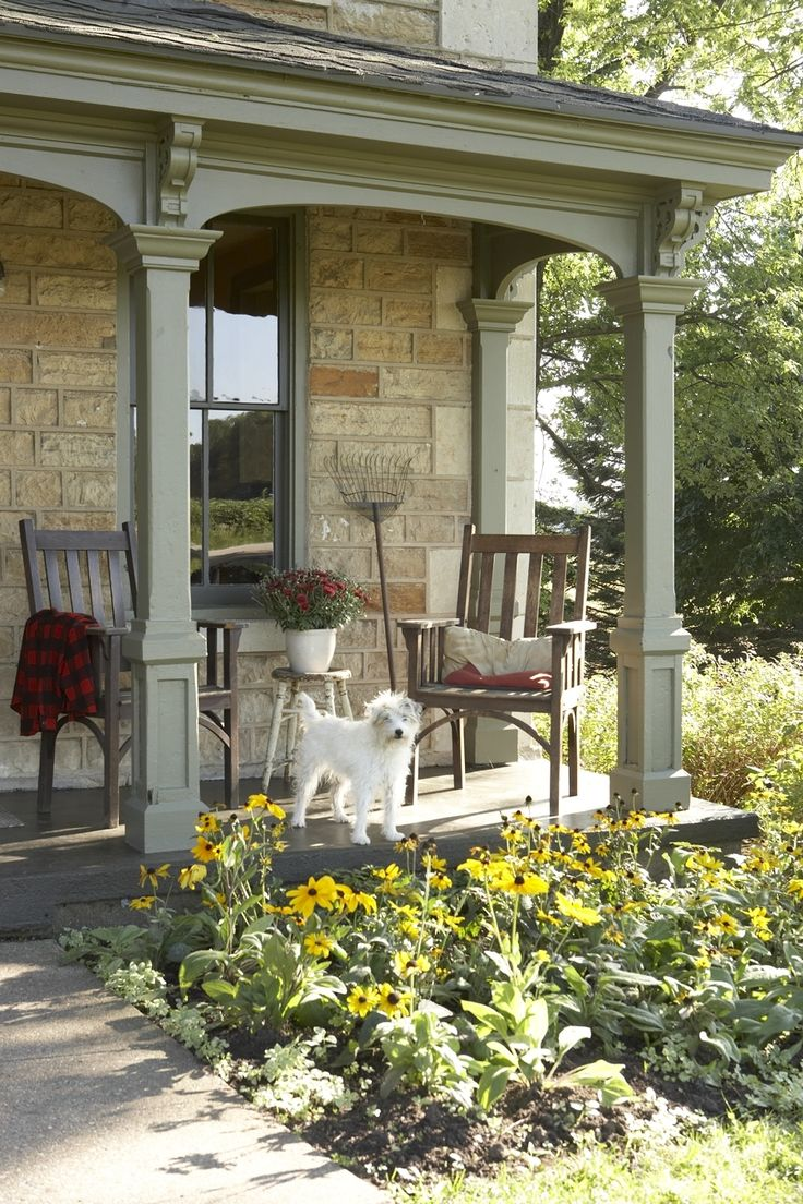 Dan DiPaolo Studios: The Farm-fancifying the front porch posts! Nice details