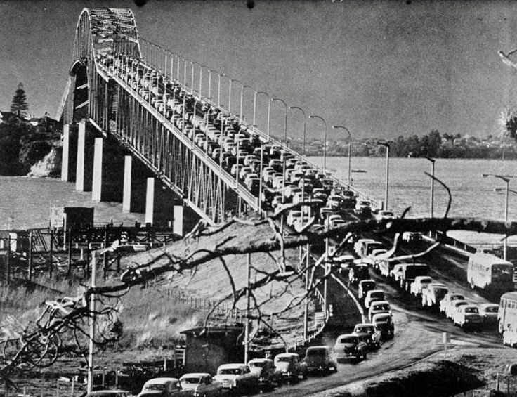 Bill ✔️ 1959. Auckland Harbour Bridge on opening day! Some will say the traffic jams have not changed a great deal!  New Zealand.    Bill Gibson-Patmore.  (curation & caption: @BillGP). Bill✔️