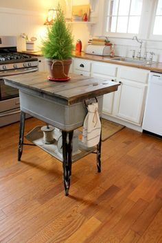 Wednesday At Savvy Southern Style Island Mad Of Vintage Re Purposed Finds Farmhouse Kitchen