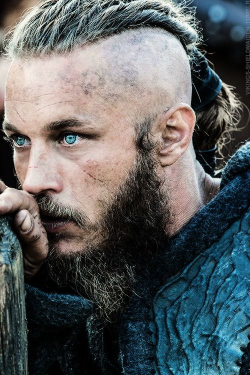 Vikings(history channel): Travis Fimmel as Ragnar Lothbrok
