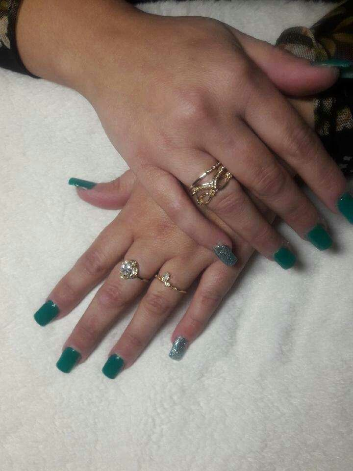 Full Set by the Joy of Beauty Salon I know it's a minute but here you go! !!!