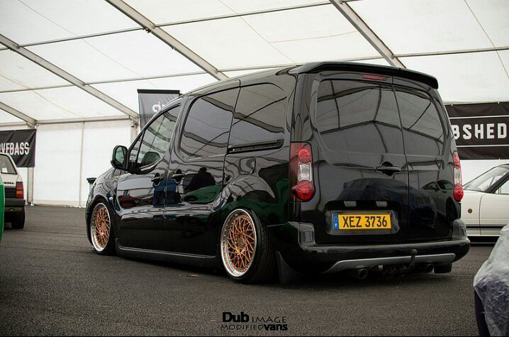 Another Dubshed Shot From @_cameronhughes_ This Time Being @baggedberlingo 's…