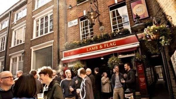 """Los más antiguos pubs de Londres  El escritor Samuel Pepys decía ya en el año 1660 -en su famoso diario personal- que los pubs eran """"el corazón de Inglaterra"""". Hoy siguen siendo un... http://sientemendoza.com/2017/02/04/los-mas-antiguos-pubs-de-londres/"""
