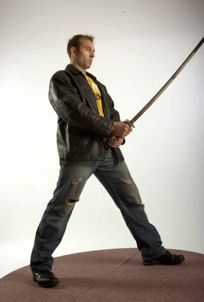 3D human referenses: Streetfighter Katana Pose