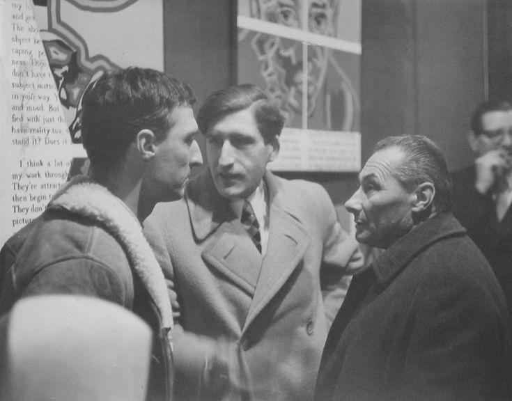 1964 Prasca G. Visconti fotografia b.n (pitt. Adami, Besozzi, Tadini a fianco gallerista Nava  del Cenobio Milano) cm. 18x24