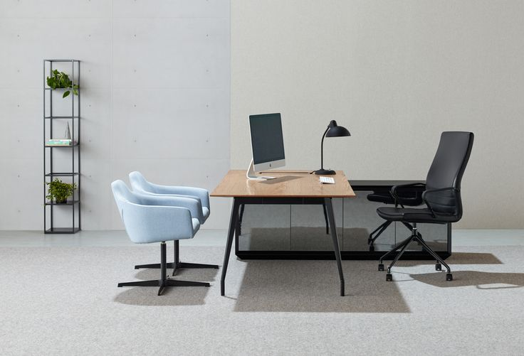Custom Aire table | Schiavello.