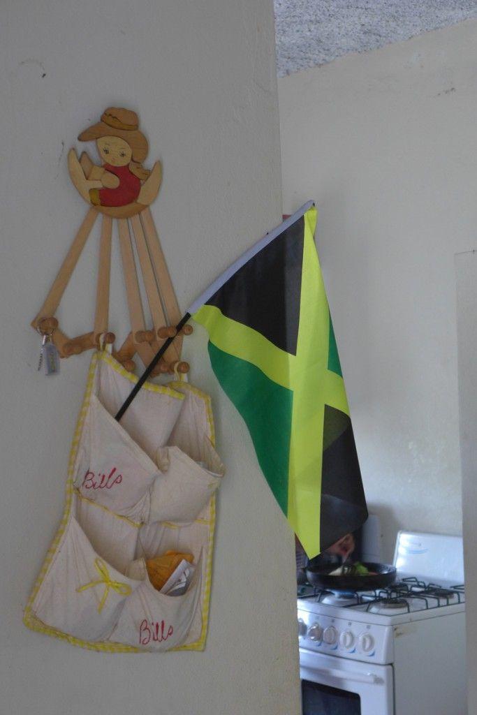 Faire du couchsurfing en Jamaique (Detour Local) -> Jamaïca www.detourlocal.com/couchsurfing-en-jamaique/