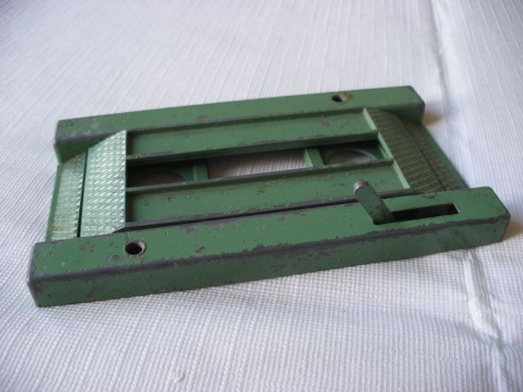 vintage 1950s crescent toys dcmt dcmt garage car lift in green in toys u0026 games