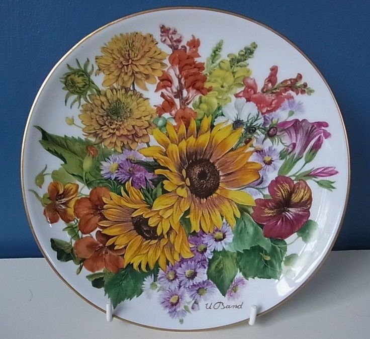 """LOVELY HUTSCHENREUTHER LIMITED EDITION PLATE """"AUTUMN GOLD"""" By URSULA BAND 
