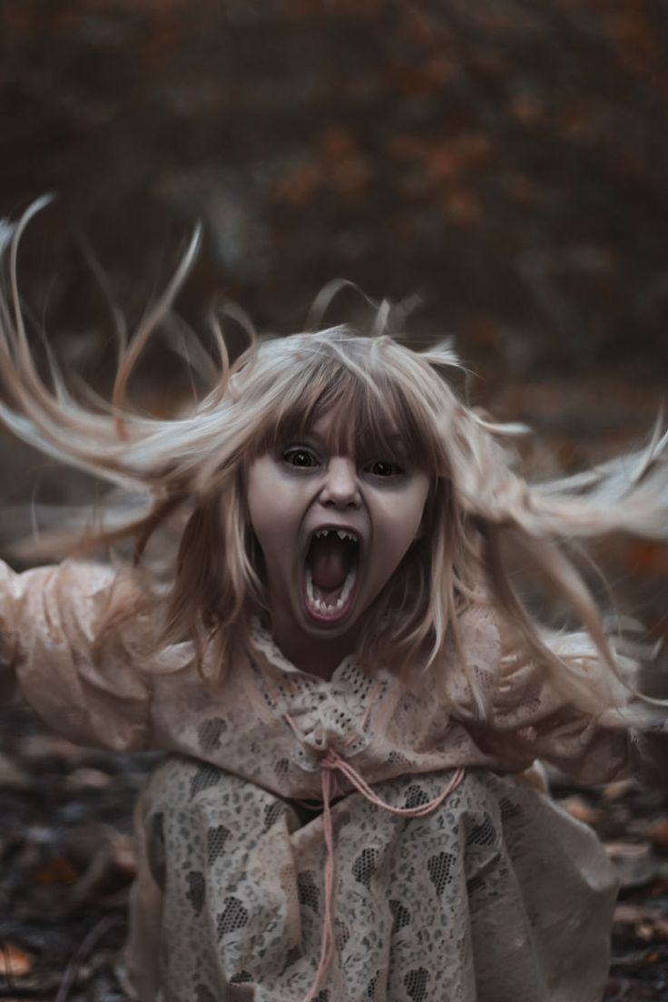 Calling All Halloween Lovers! I Take My Kids Halloween To The Next Level With Eerie Photo Shoots!