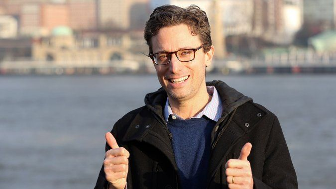 """SXSW: BuzzFeed CEO Jonah Peretti Outlines """"Huge Advantage"""" of Posting Directly to Social Media"""