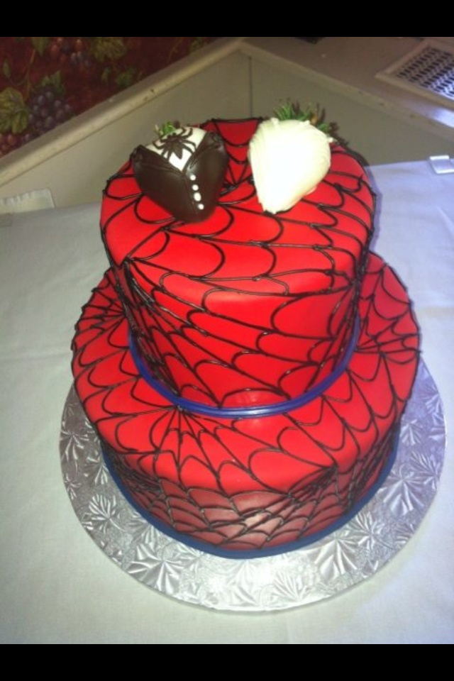 Spiderman Wedding Cake Love It Fun Nerdy Wedding