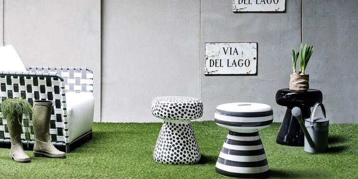 InOut collection by Italian Gervasoni. Great style and weather resistant materials and fabrics make it perfect solution for outdoor living in style. Available at MOOD showroom, Warsaw. #mood #moodshowroom #gervasoni #inout #outdoorfurniture #finestoutdoorfurniture #outdooraccessories