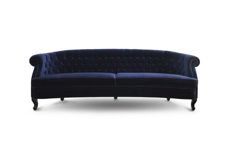 MAREE sofa is a must-have mid century modern furniture design piece in every modern or classic living room decor, bringing coziness and elegance to the set. | Modern Sofas. Living Room Furniture Set. Chesterfield Sofa. #modernsofas #livingroomset #velvetsofa Discover more: https://www.brabbu.com/en/upholstery/maree-sofa/