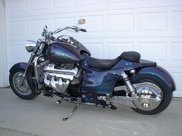 the boss hoss is the world 39 s largest production motorcycle. Black Bedroom Furniture Sets. Home Design Ideas