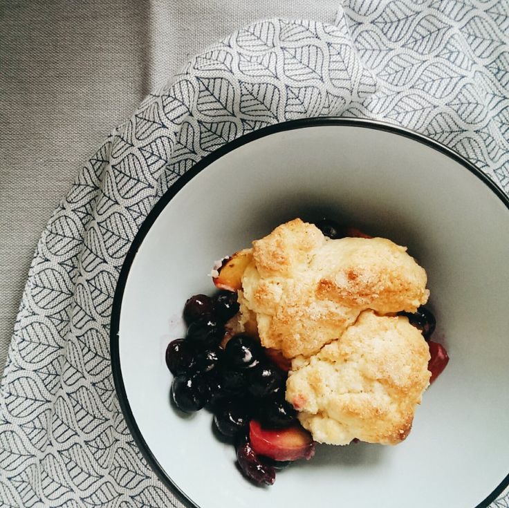 peach blueberry sour cream cobbler