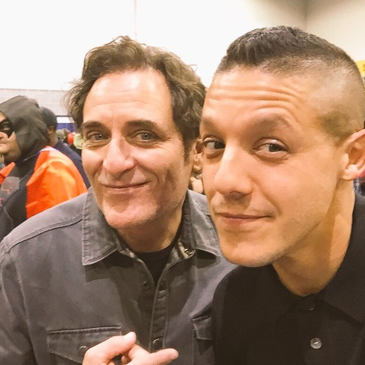 Kim Coates & Theo Rossi- these troublemakers ;-)