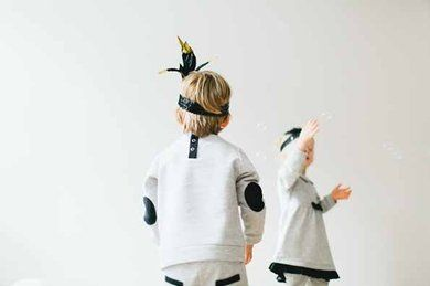 Fancy V Sweat Stone  #sweater #stone #grey #kids #playing #fashion #mode #children