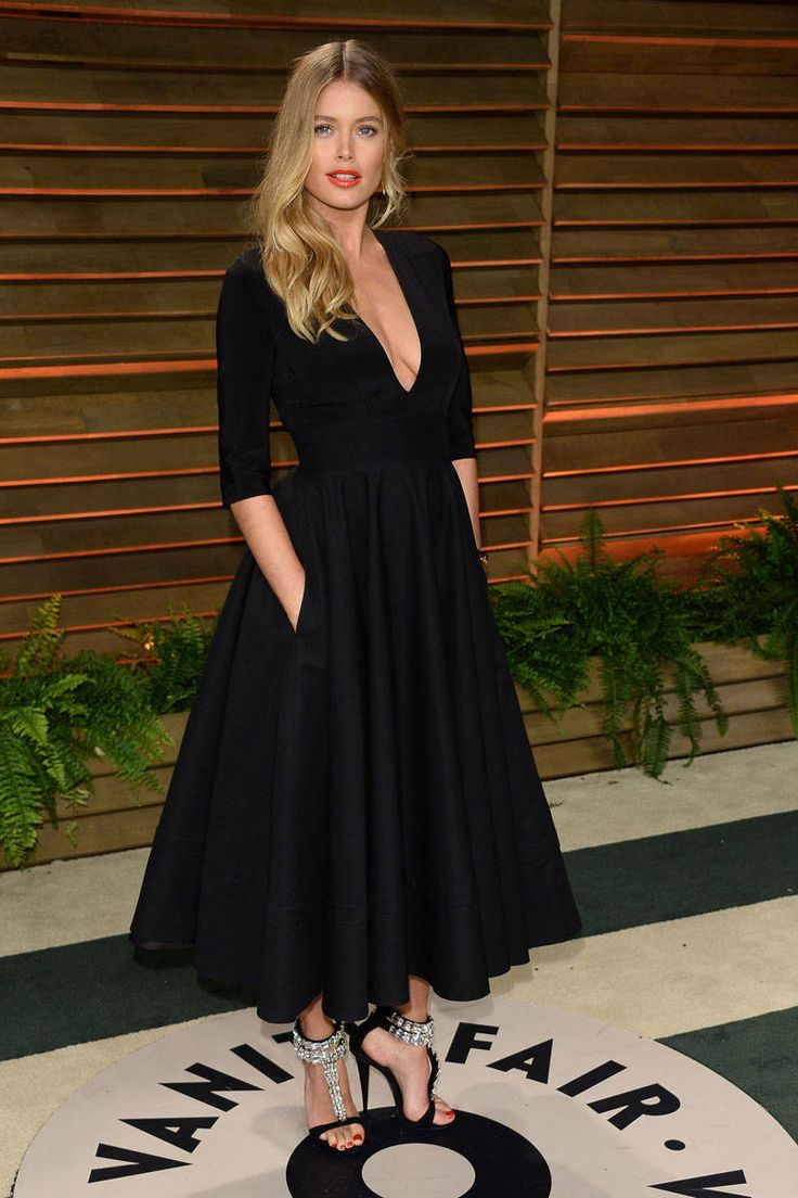 FASHION ›CELEBRITY STYLE› THE CHANGE-UP: STARS' AFTER-PARTY DRESSES Sponsored By    Skip Ad 160 19 25  2 [back]10 of 38[next]  GETTY IMAGES Diane Kruger  Valentino Couture  GETTY IMAGES Doutzen Kroes    Read more: Oscars 2014 After Party Looks - Academy Awards 2014 After Party Photos - ELLE  Follow us: @ElleMagazine on Twitter | ellemagazine on Facebook  Visit us at ELLE.com