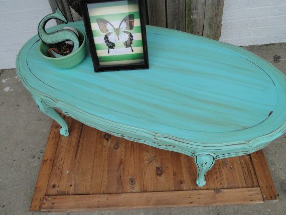 Vintage Wooden Oval Coffee Table With Cuvy Legs In