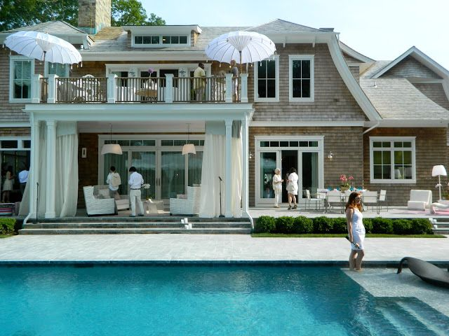 Holiday house in the hamptons balconys gardens outdoors pinterest garage pergola the - Houses with covered balconies ...
