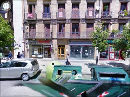 Pensando en alquilar un local en Pamplona? Futura zona peatonal. Mas informacion en 948206799!! Local Comercial en Alquiler en Ensanche, Pamplona, 3.500 €