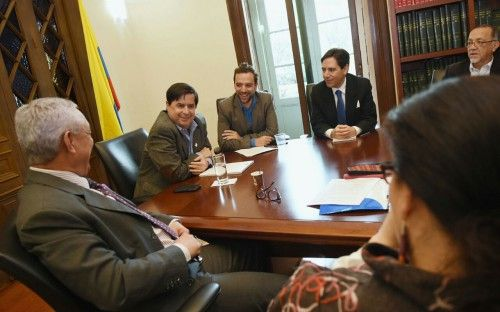 El ministro Juan Fernando Cristo se reunió con la Misión Electoral Especial imagen 6