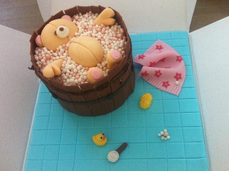 Forever friends bubble bath fondant cake