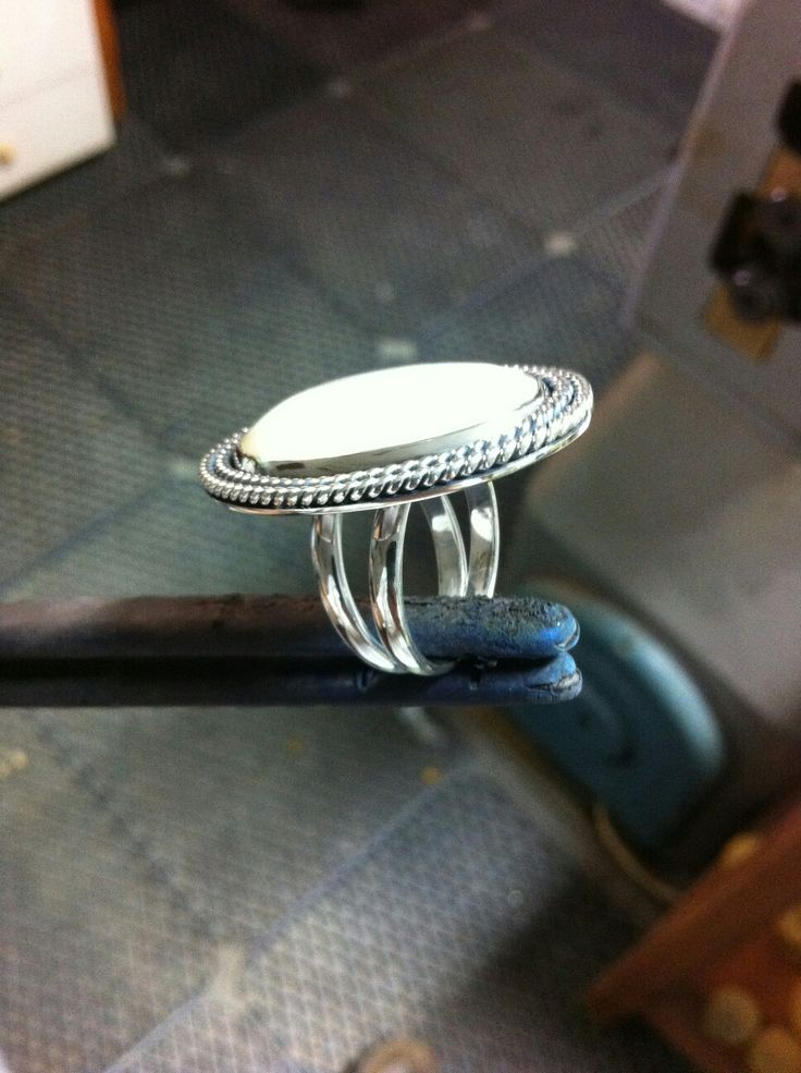 Handmade silver  ring with mother of pearl