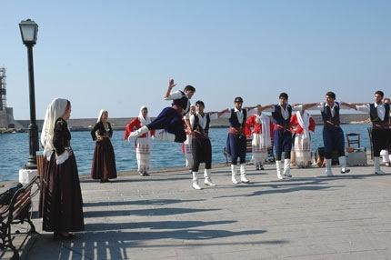 Cretan dancing