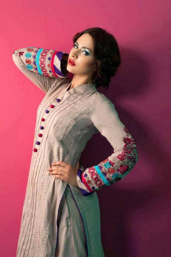 Amna Fashion Eid Collection 8 #MoFav #Sindhi #Embroidery #Indian #Pakistani #Salwar #Kameez #Fullsleeves