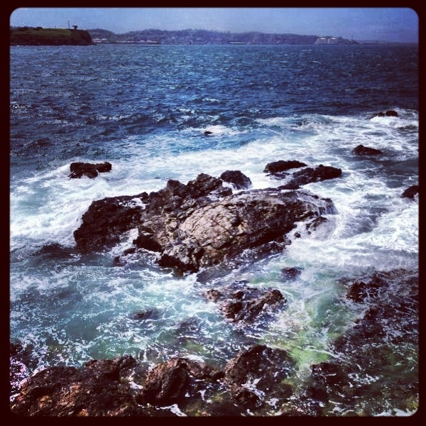Rocas en el mar.  Gijon - Asturias.
