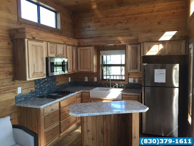 1 bed 1 bath new porch cabin- Meadow View