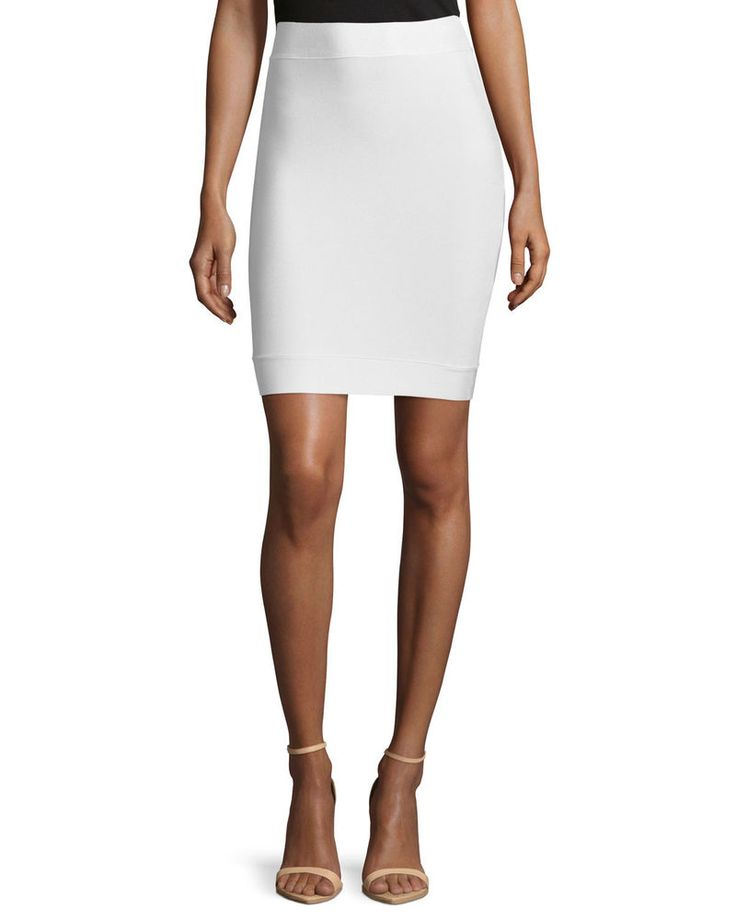 Color: Gardenia (off-white). This is NOT considered to be a flaw. Flaws are defined as: a hole or tear in fabric, fabric pilling, stretching or shrinkage, faded color, stains, missing or broken hardware, or odor, and will be disclosed.   eBay!