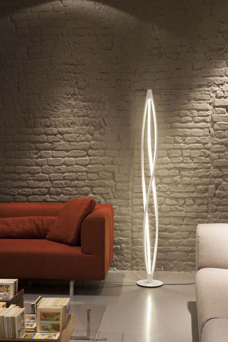 Floor standing lamp / original design / aluminium / PMMA - IN THE WIND by Arihiro Miyake - NEMO