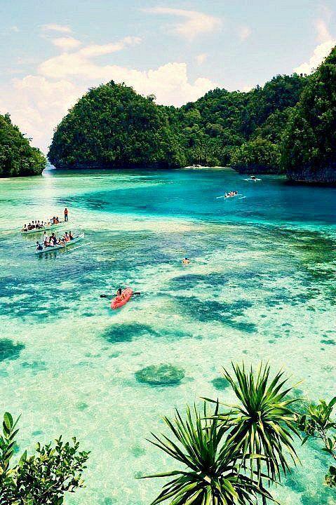 Edge of the Philippine trench - Siargao Island
