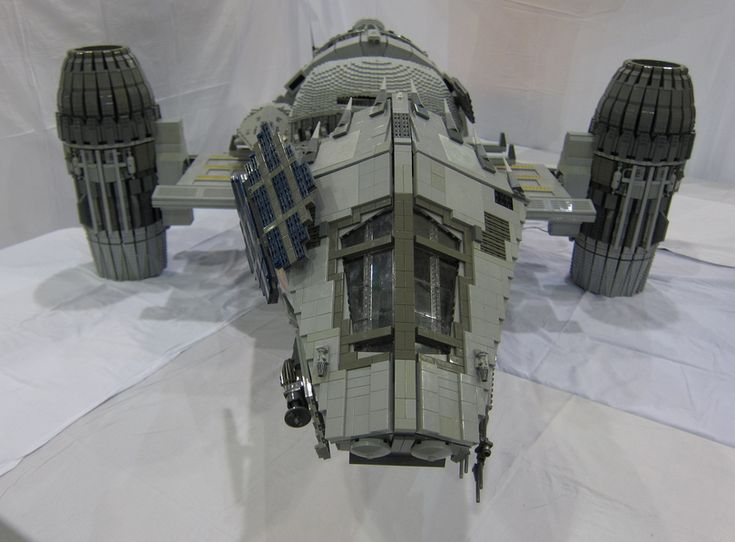 Stunning 7-Foot-Long LEGO SERENITY Ship! — GeekTyrant