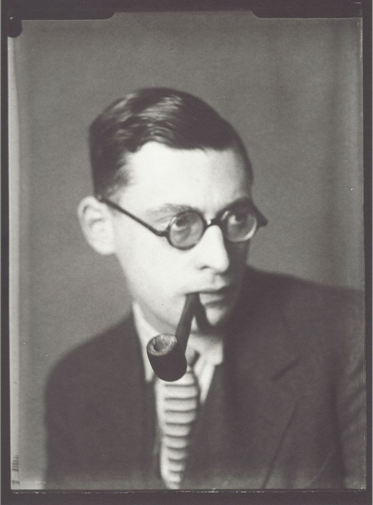 Man Ray - Raymond Queneau, vers 1929.  Art Experience NYC  www.artexperiencenyc.com/social_login/?utm_source=pinterest_medium=pins_content=pinterest_pins_campaign=pinterest_initial