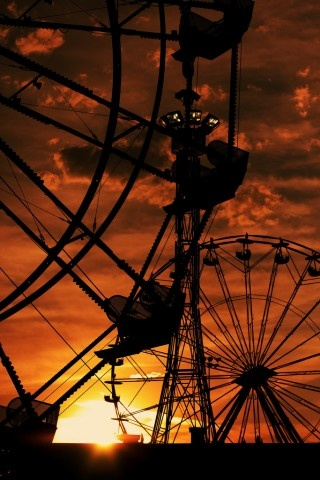 I love sunsets...they help to remind me that something beautiful happens every day.: Photos, Ferriswheels, Amusement Park, Carnival, Silhouette, Sunsets, Sunrise Sunset, Ferris Wheels, Photography