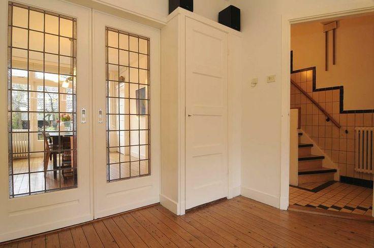 Kamer en suite glas in lood deuren jaren '30 Lauteslager Makelaars: de ideale makelaar voor aankoop, verkoop en taxatie in Utrecht