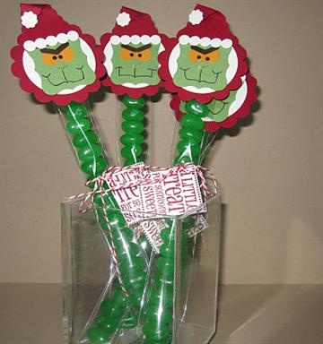 grinch punch art: Christmas Papercraft, Grinch Candy, Karen O'Neil, Christmas Crafts, Christmas Grinch, Christmas Idea, Candy Christmas, Grinch Christmas, Christmas Projects