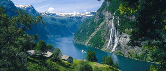 hike til Skageflå Homlong Geiranger med guide